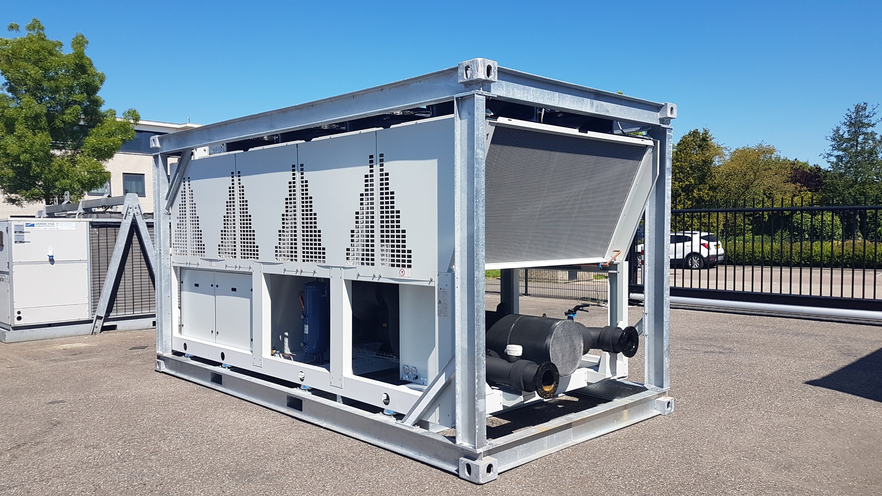 Uitbreiding huurvloot nieuwe serie 500kW chillers
