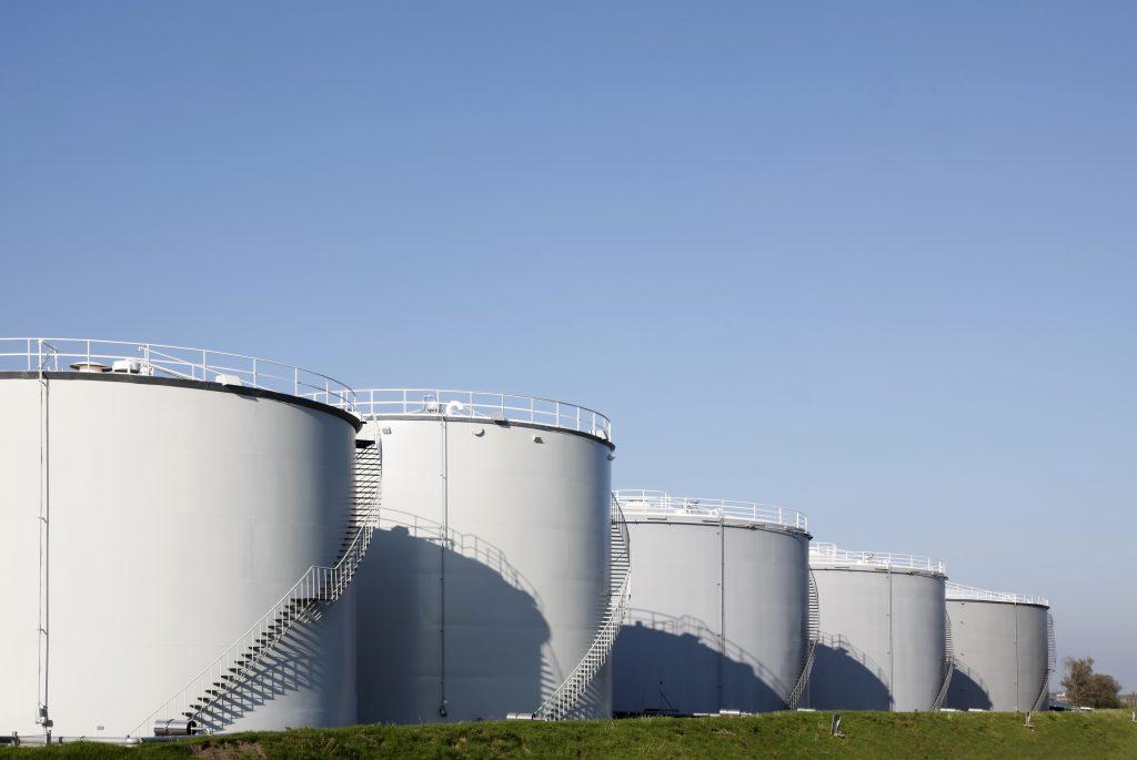 Ontvochtigingsapparatuur beschermt brandstoftanks